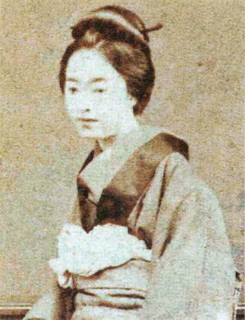5位:志ん(大屋斧次郎の妾)の写真(ガチで美人過ぎる幕末女性ランキング)