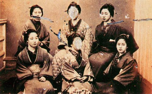 長崎の女性たち(1865〜1868年頃撮影)の写真