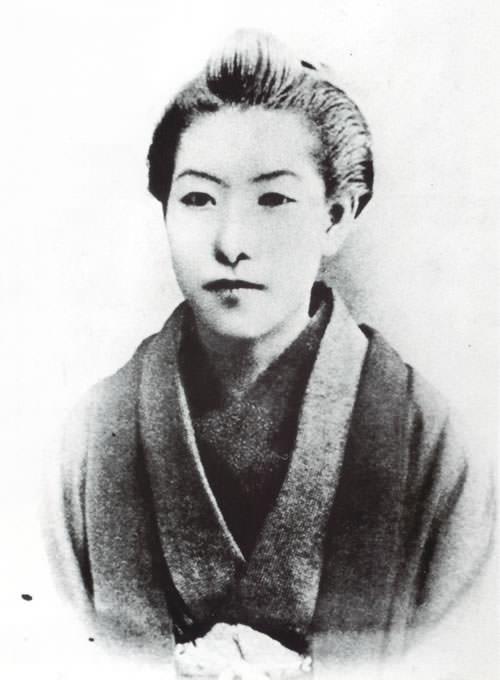 樋口一葉(明治時代の美人ランキング)