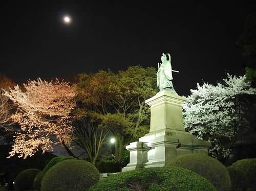 井伊直弼銅像(掃部山公園 神奈川県横浜市)