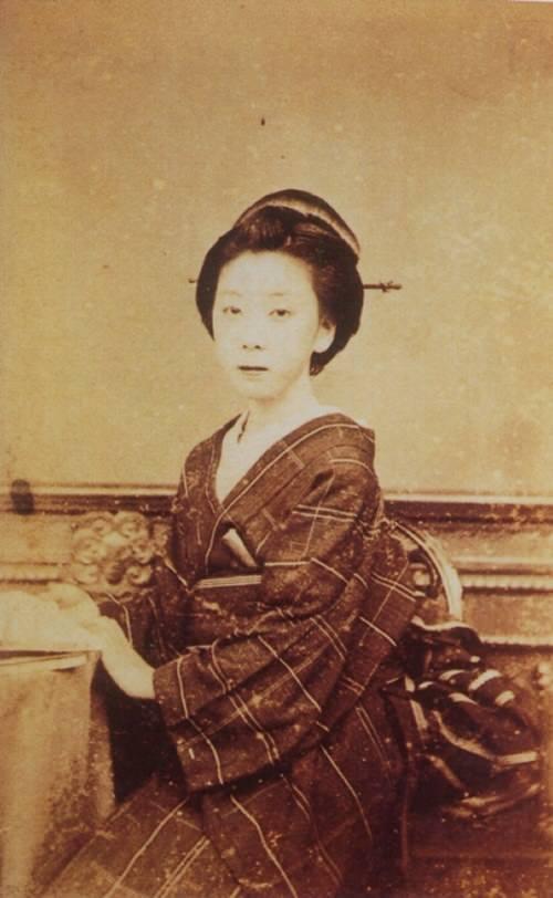 2位:お龍(坂本龍馬の妻)の写真(ガチで美人過ぎる幕末女性ランキング)